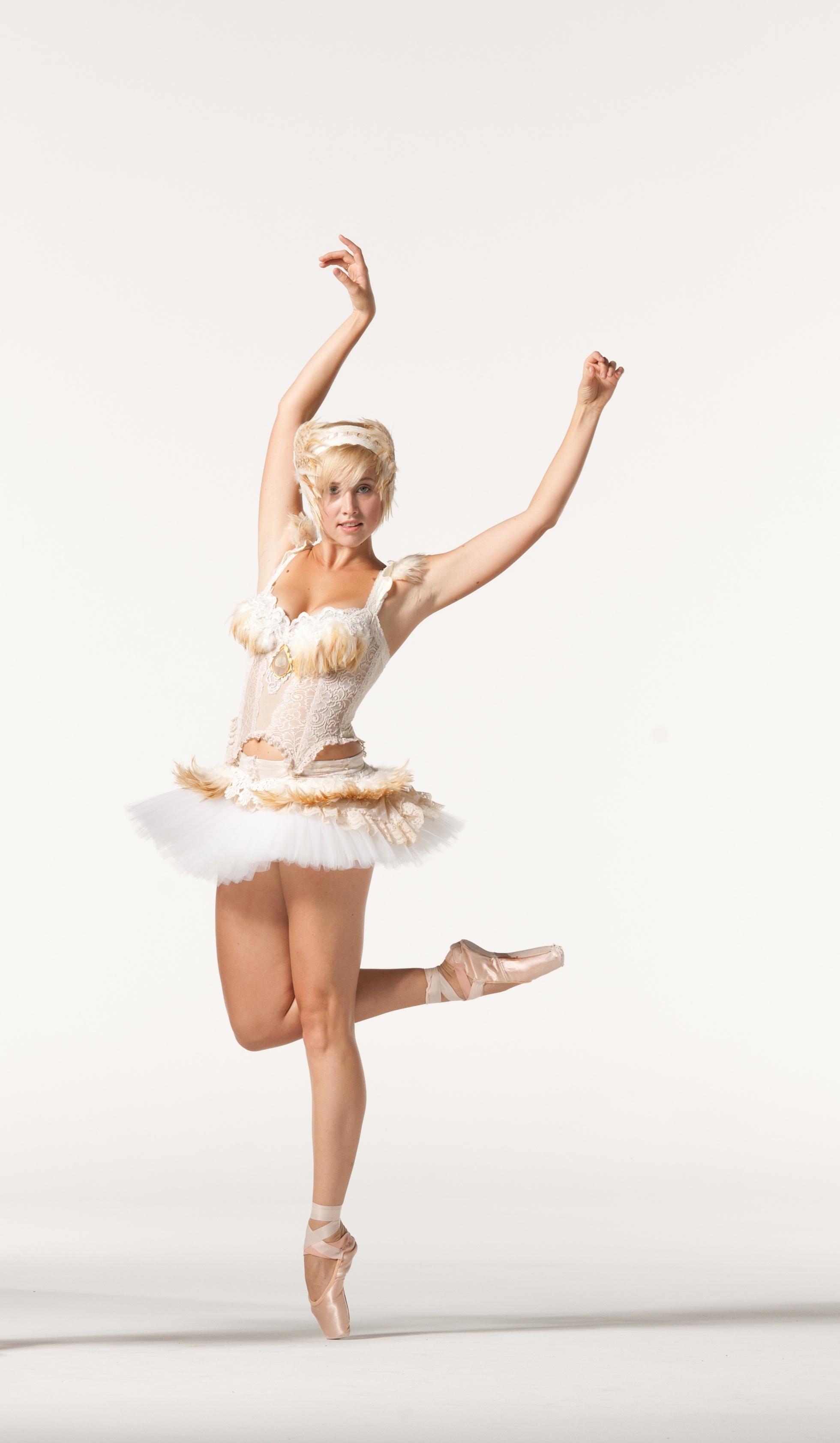 White Swan.jpg