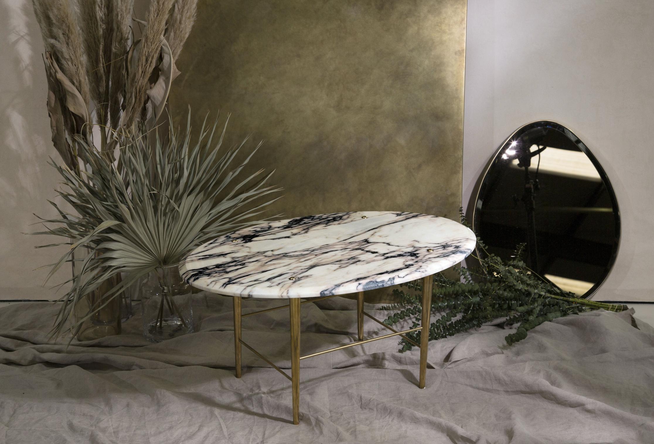 L+A Oval Table 1.jpg