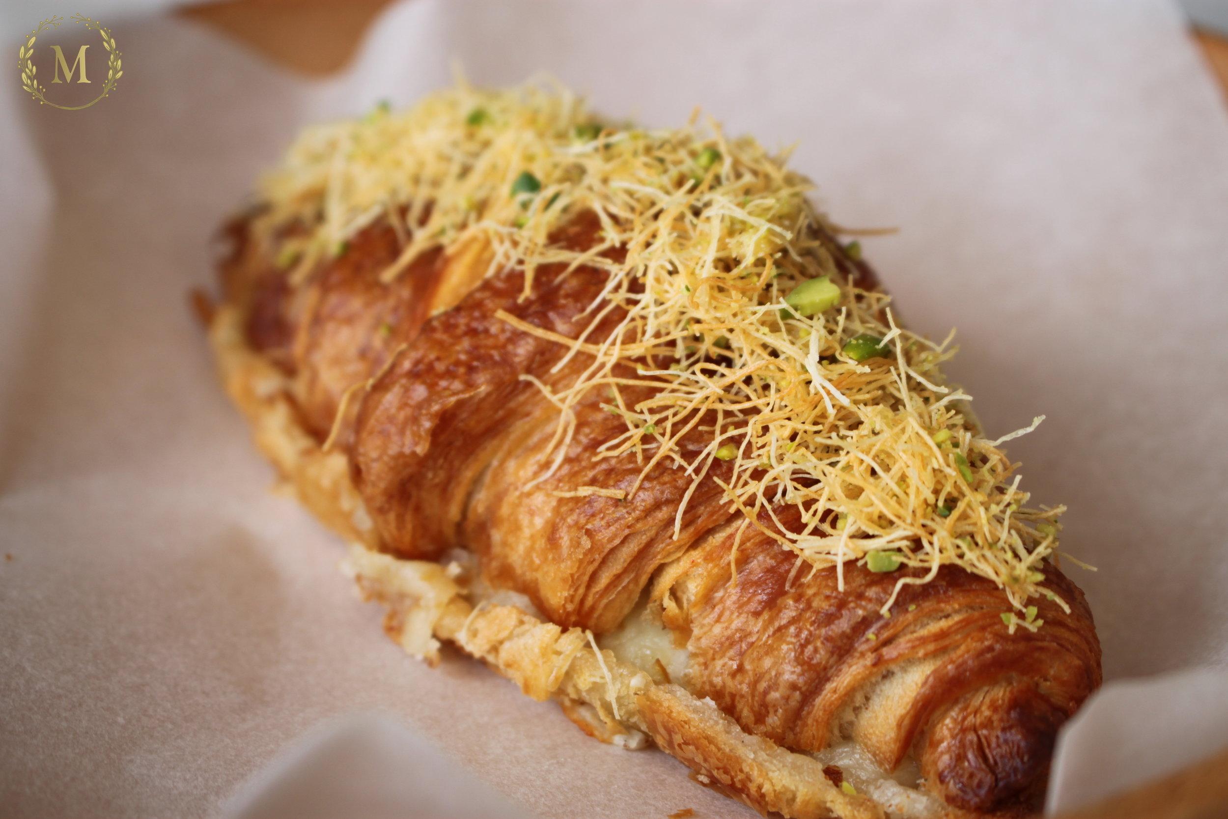 Kunafa Croissant