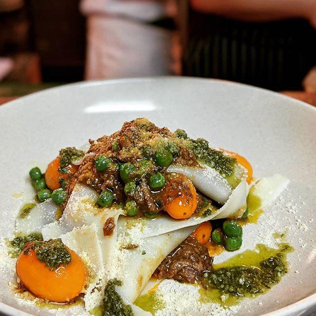 Pulled Angus porterhouse open lasagne, marsala, confit tomato . . . . #sydneyrestaurants #sydneyfood #goodfoodau #goodfood #innerwestsydney #balmain #lasagna #darlingreen #darlingreenbalmain