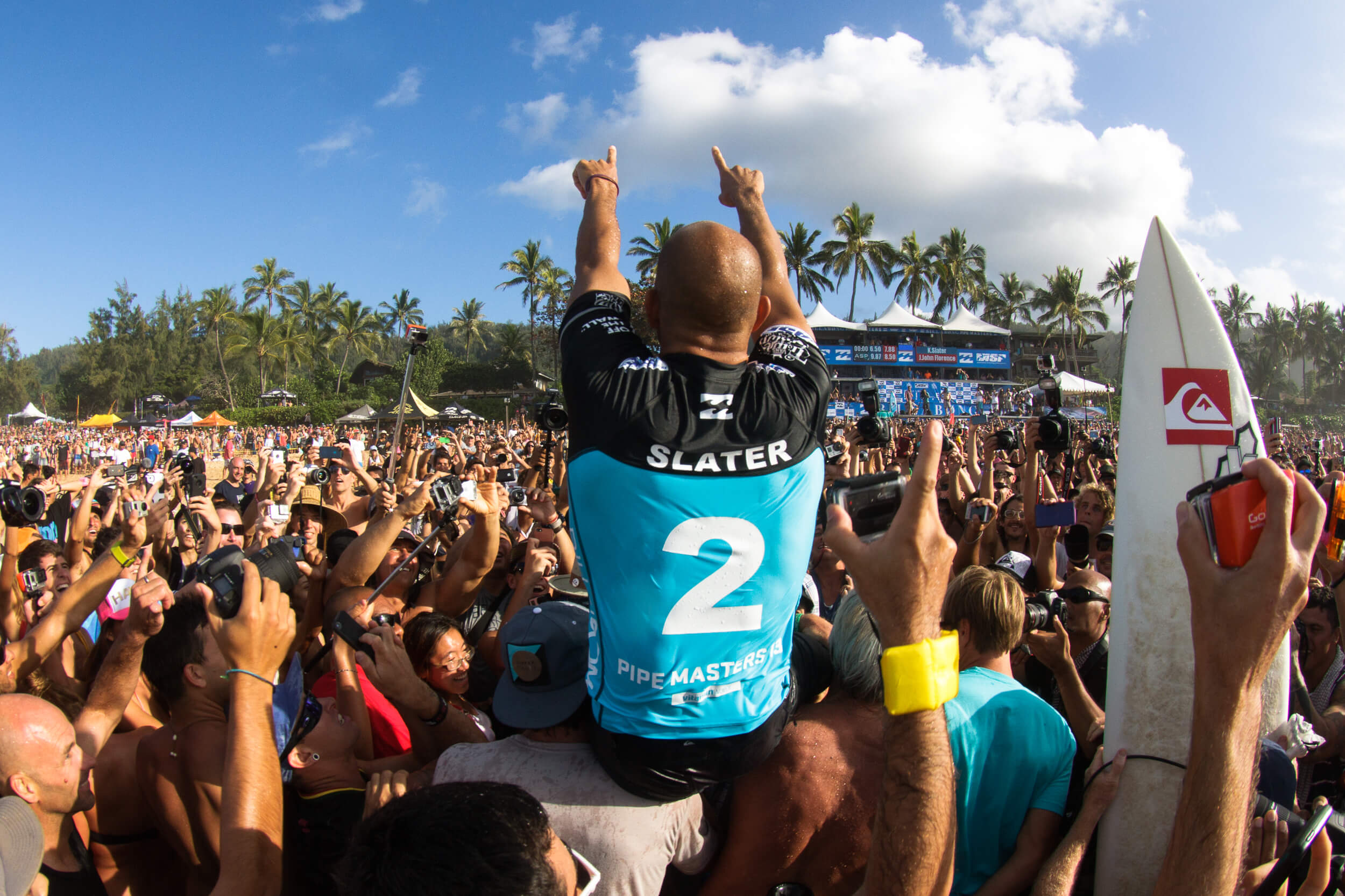 2013 PIPE MASTERS | SURFER MAGAZINE