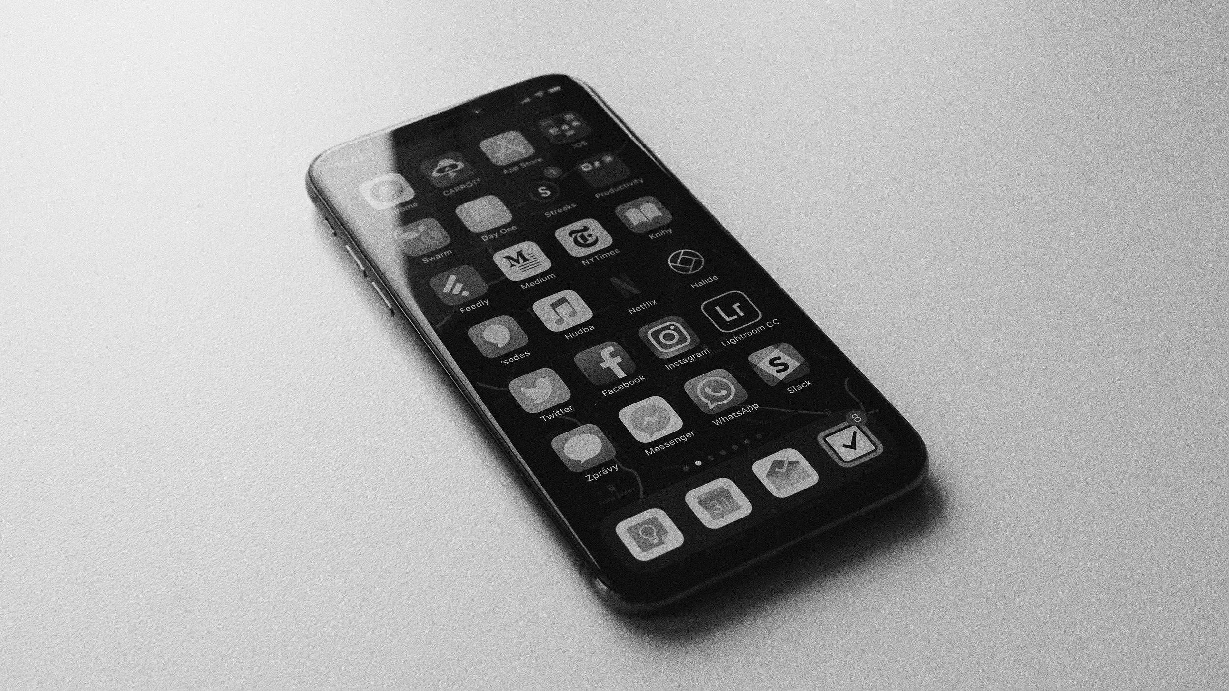 free smartphones for patients
