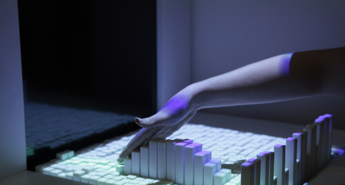 Image from  MIT Tangible Media Group . License: CC Non-Commercial by Attribution.