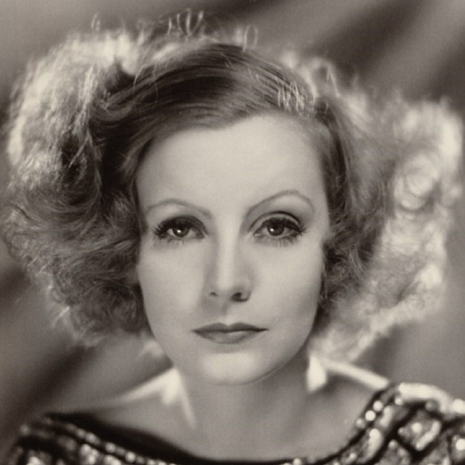 Greta Garbo and typical eyebrows of the 1920s