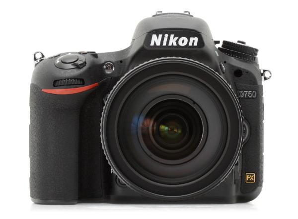 Nikon   d750 — повнокадрова, дзеркальна камера топ-рівня