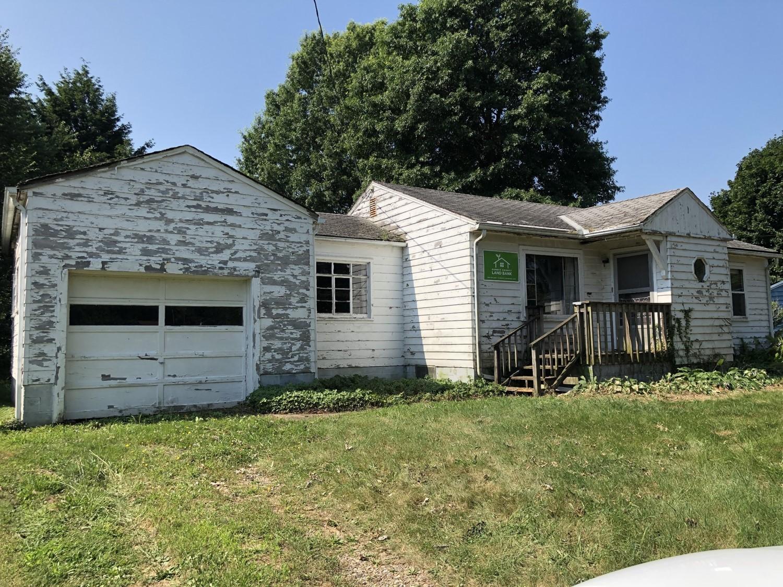 804 Garson Drive, Akron, Ohio 44319