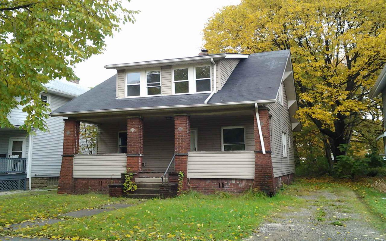 557 East Avenue, Akron, Ohio 44320