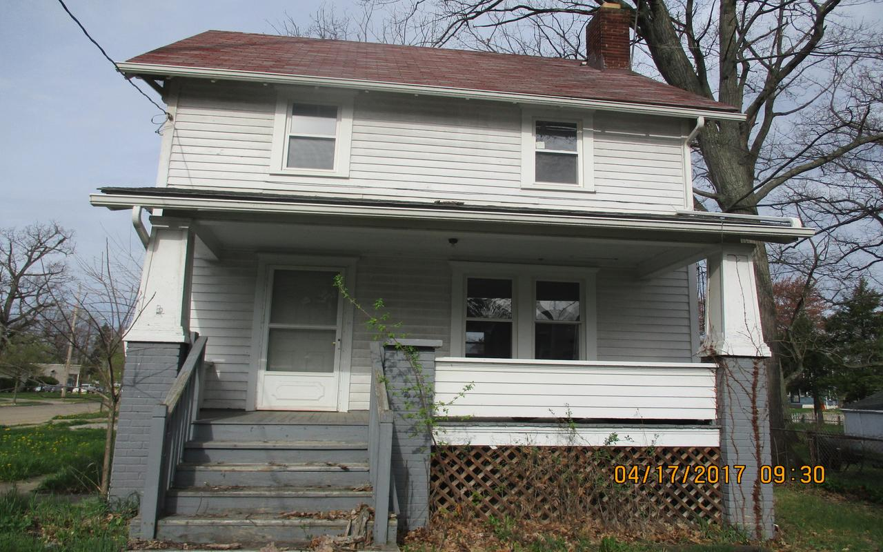 1168 Herman Avenue, Akron, Ohio 44307  Minimum Offer: Non-Profit $4,559 For-Profit $6,496 Owner-Occupant $5,850 List Date: 05/02/19 Offer Deadline: 06/02/19 11:59 p.m.  Minimum Renovation Requirements   NO  Application Fee Required 3 Bed | 1 Bath | 1,166 sq. ft.   Property Showing:  May 17th & May 30th, 11:30 a.m. to 12:30 p.m.