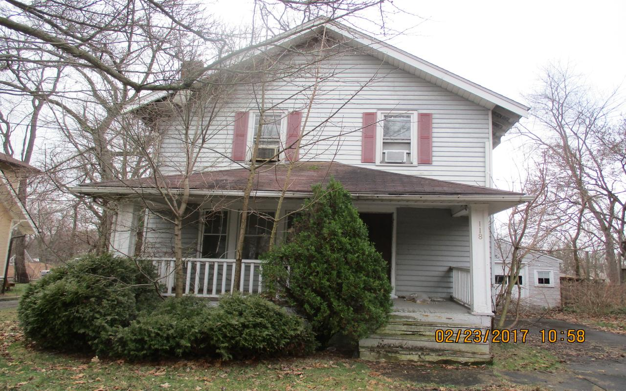 118 West Burns Avenue, Akron, Ohio 44310  Minimum Offer: Non-Profit $5,193 For-Profit $7,774 Owner-Occupant $6,914 List Date: 08/22/19 Offer Deadline: 09/23/19 by 4:00 p.m.  Minimum Renovation Requirements   NO  Application Fee 3 Bed | 1 Bath | 1,152 sq. ft.   Property Showing:  Friday, September 6th and Friday, September 13th from 1 p.m. to 2 p.m.