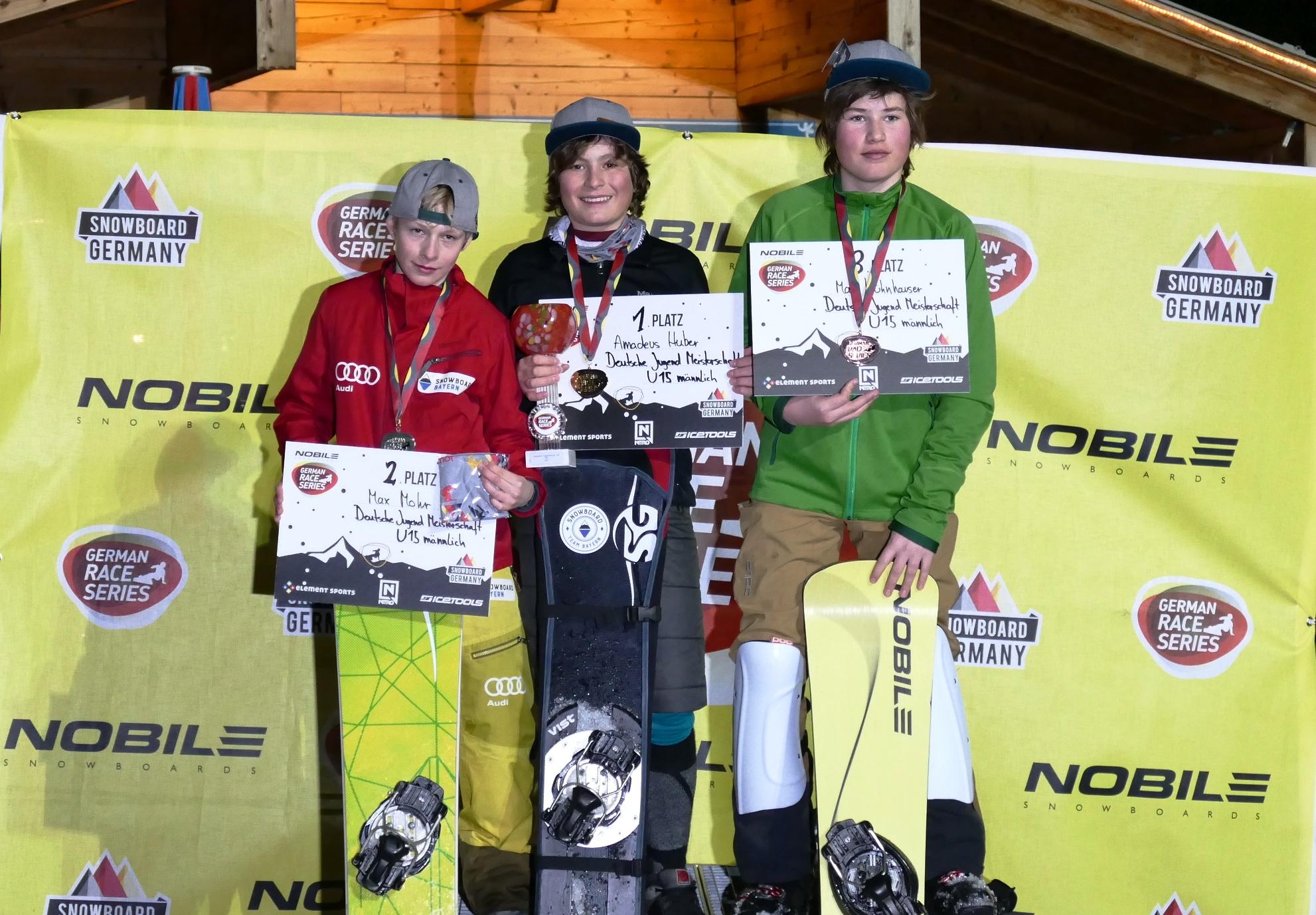 Auch der SC Schellenberg konnte einen Doppelsieg bei den Deutschen Jugendmeisterschaften der Snowboarder verbuchen. Es siegte Amadeus Huber vor Max Mohr (re.) und Max Kühnhauser vom WSV Königssee.
