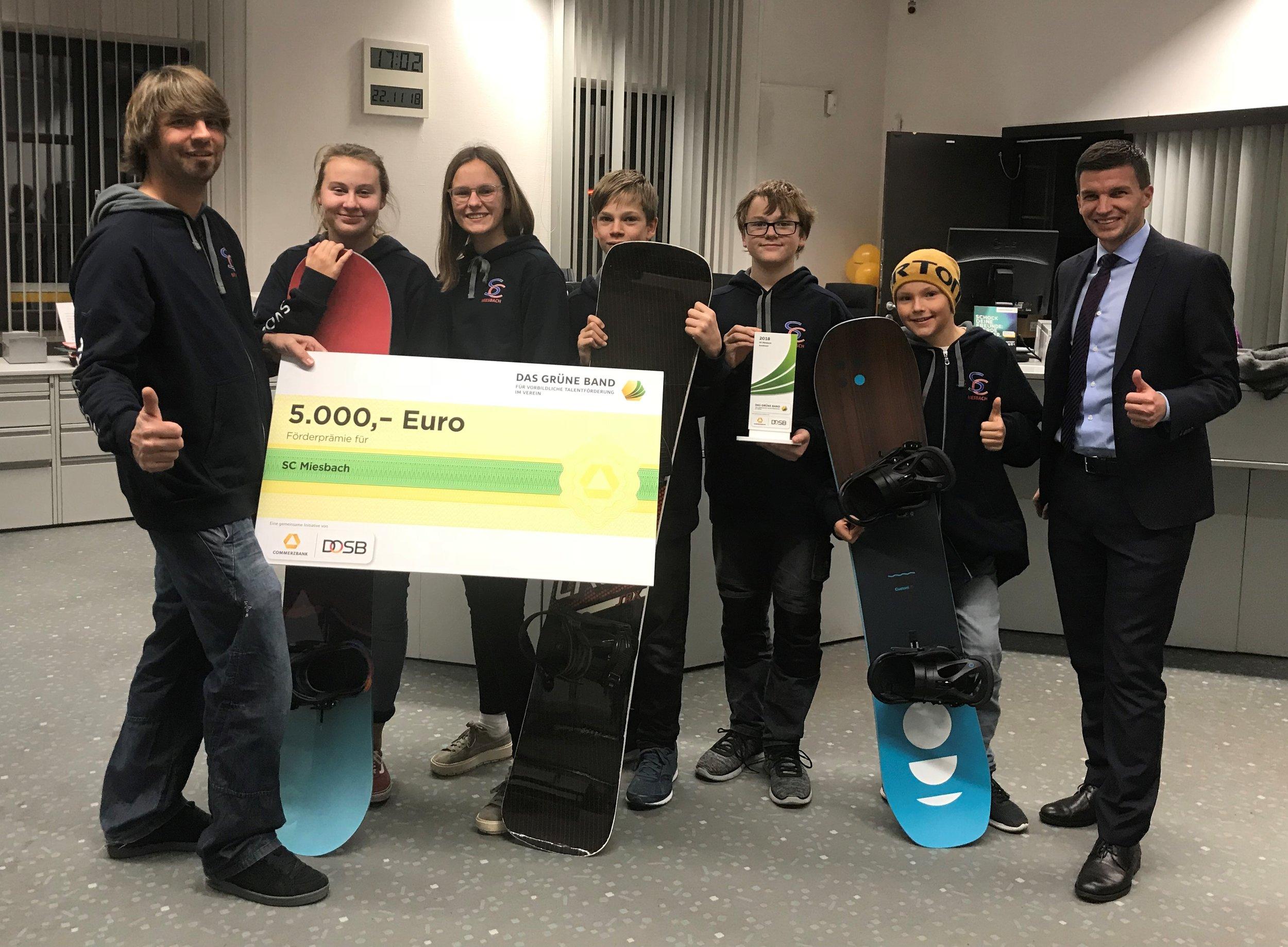 """Foto Preisverleihung: SC Miesbach """"Das Grüne Band 2018"""" Snowboard"""