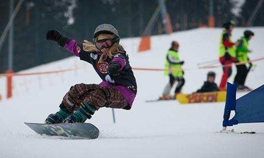 kids-snowboard-racing.jpg