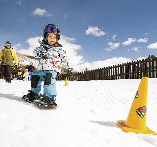 On-Snow Kinder Snowboard Kurs