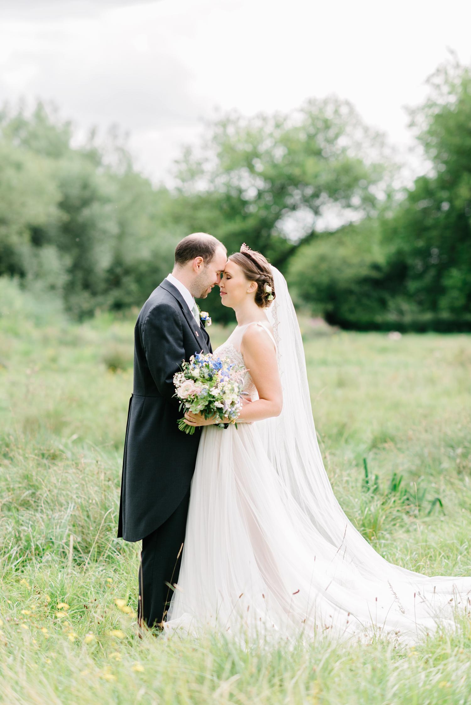 Hampshire-Farm-Wedding-0139.jpg