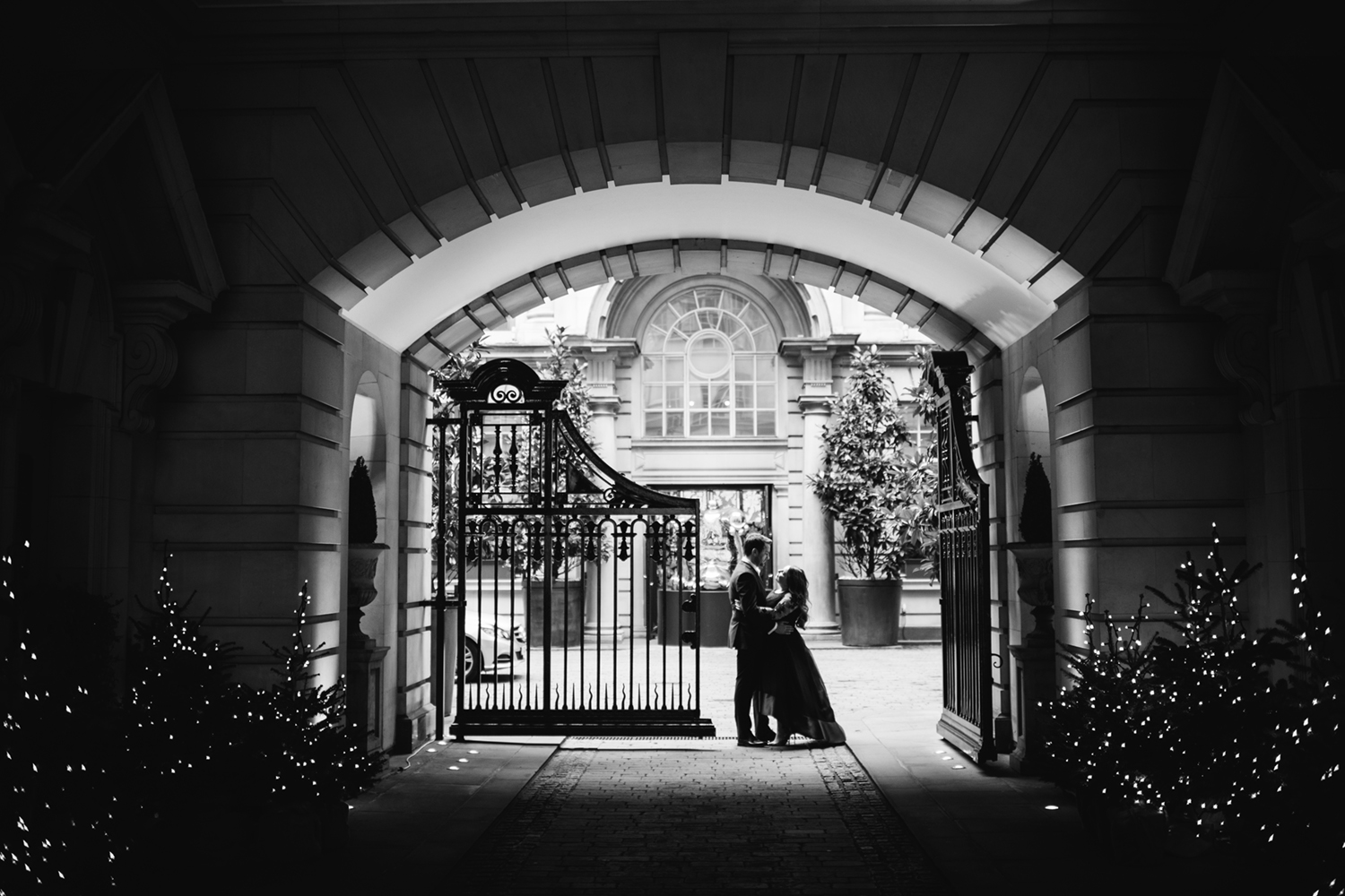London-Elopement-029.jpg