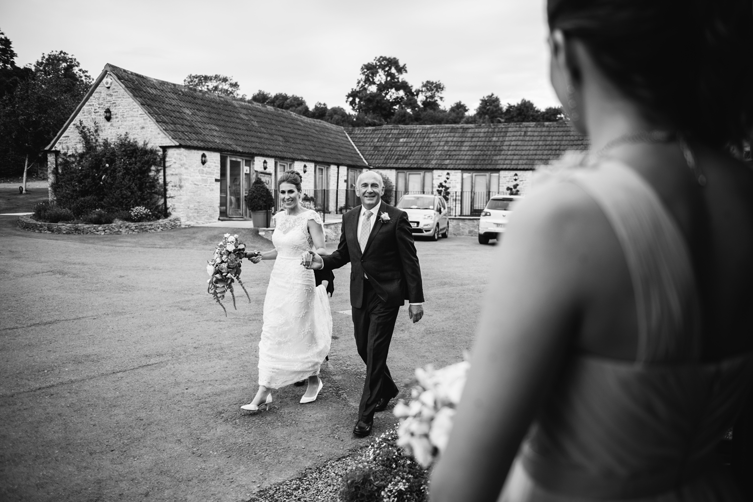 Kingscote-Barn-Wedding-Photographer-44.jpg