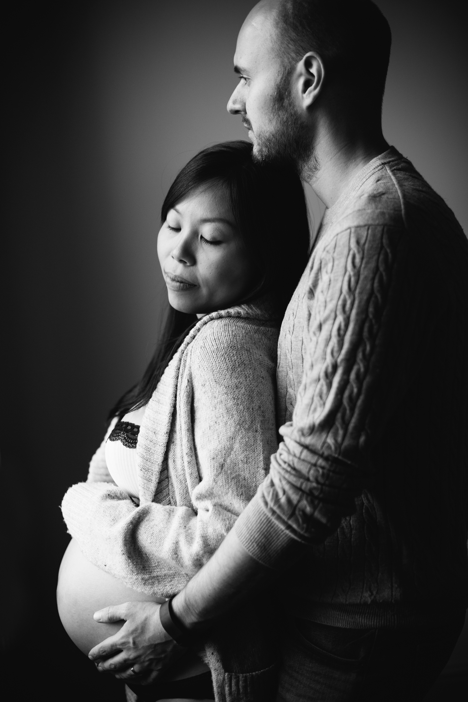 London-At Home-Maternity-Session33.jpg