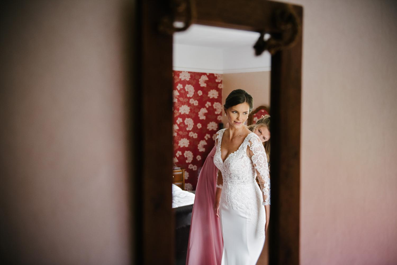 Northbrook-Park-Wedding-Photography-0021.jpg