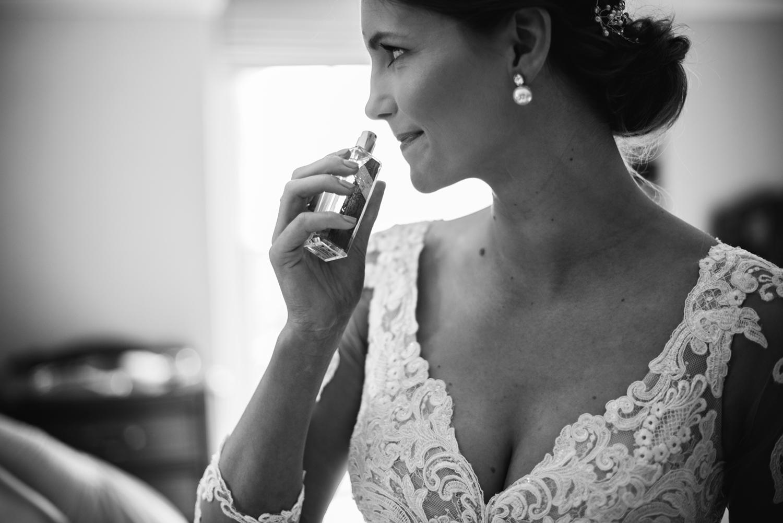 Northbrook-Park-Wedding-Photography-0024.jpg