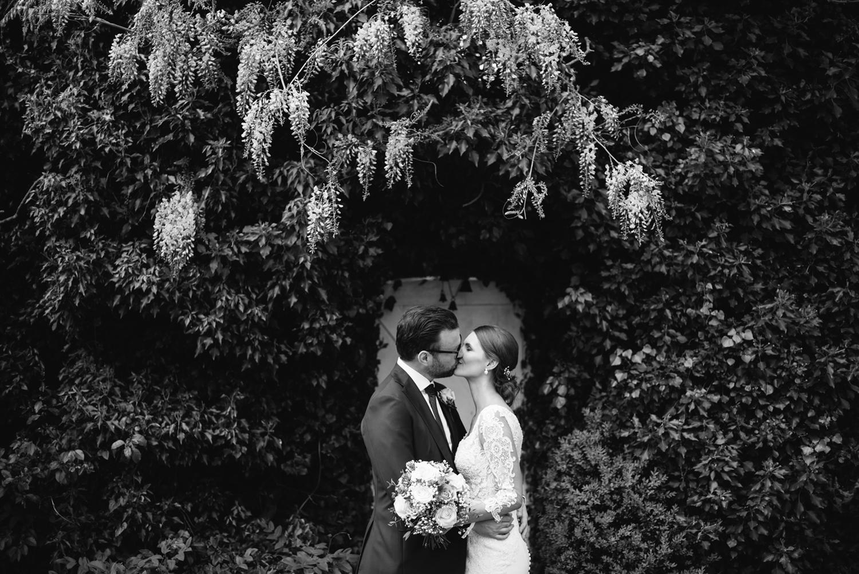 Northbrook-Park-Wedding-Photography-0085.jpg