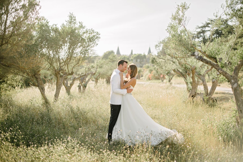 Chateau-Robernier-Wedding-Photographer-0127.jpg