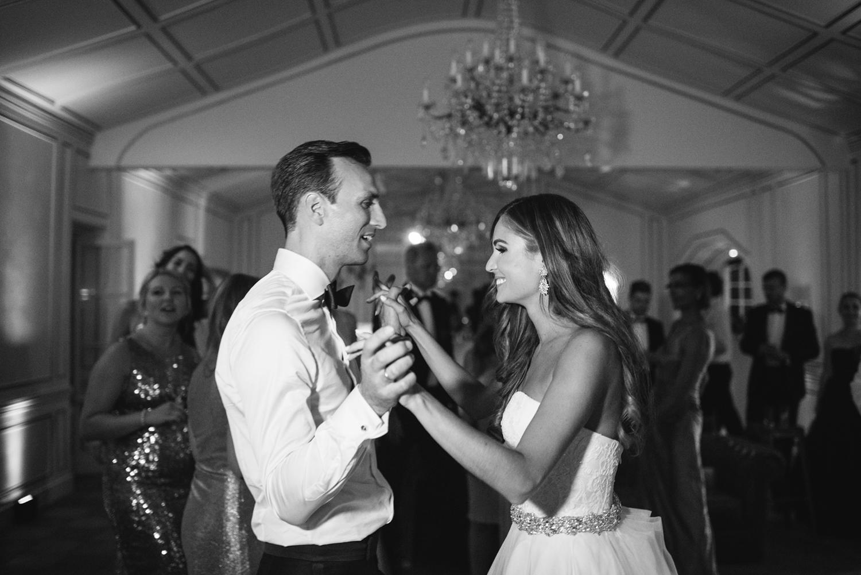 Chateau-Robernier-Wedding-Photographer-0185.jpg