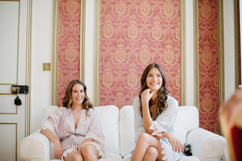 Chateau-Robernier-Wedding-Photographer-0013.jpg