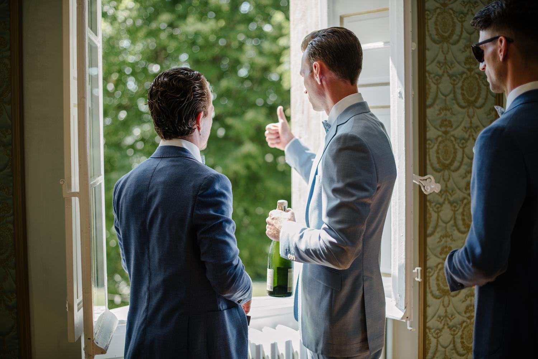 Chateau-Robernier-Wedding-Photographer-0019.jpg