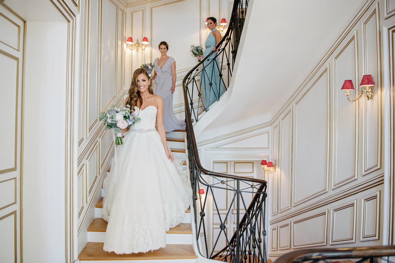 Chateau-Robernier-Wedding-Photographer-0038.jpg