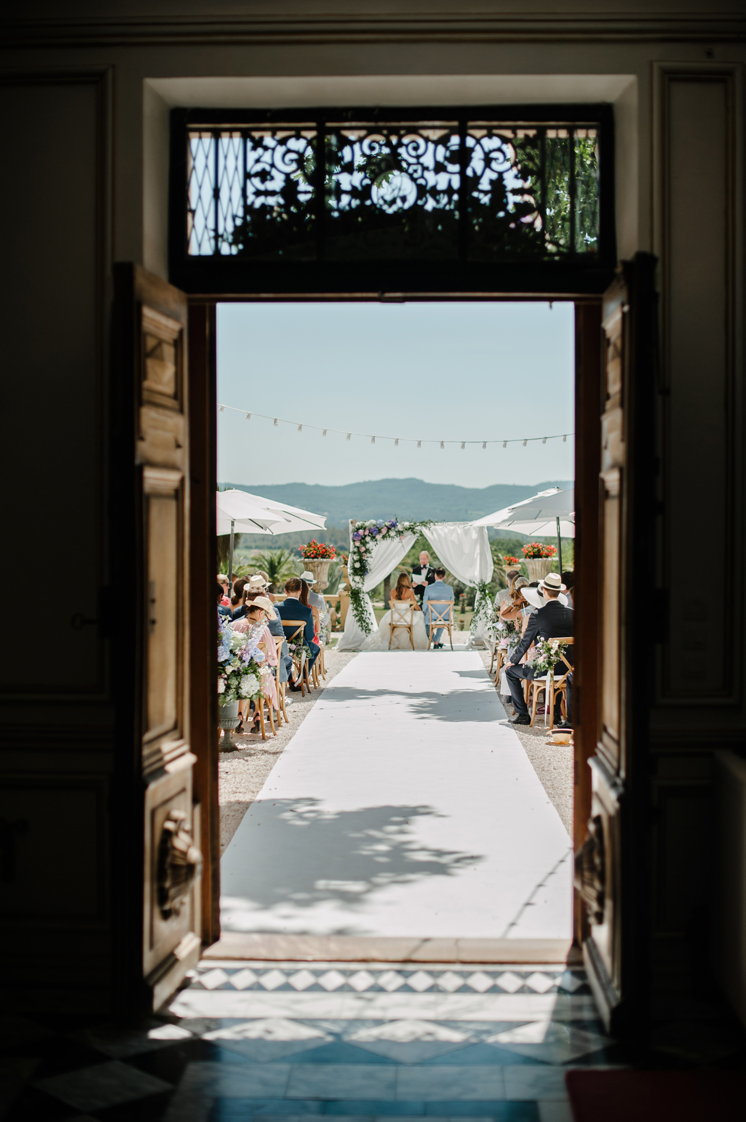 Chateau-Robernier-Wedding-Photographer-0041.jpg
