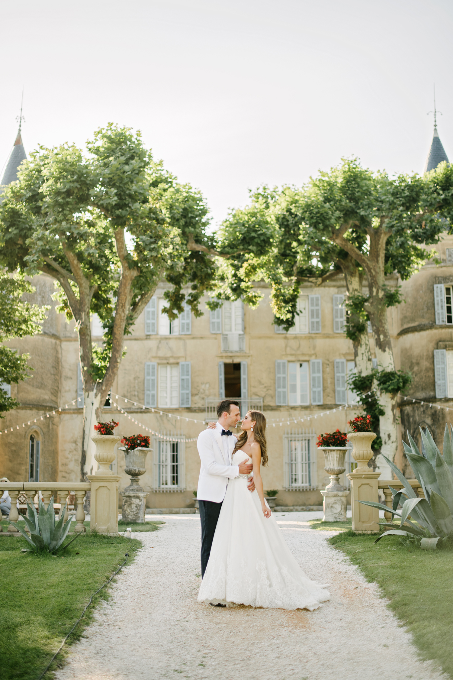 Chateau-Robernier-Wedding-Photographer-0122.jpg