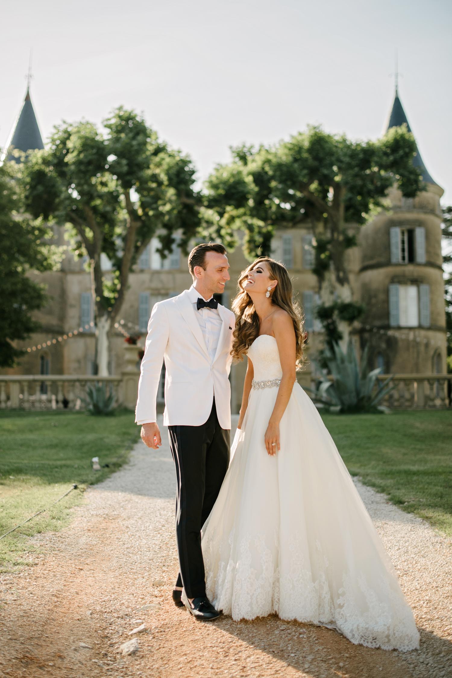 Chateau-Robernier-Wedding-Photographer-0126.jpg