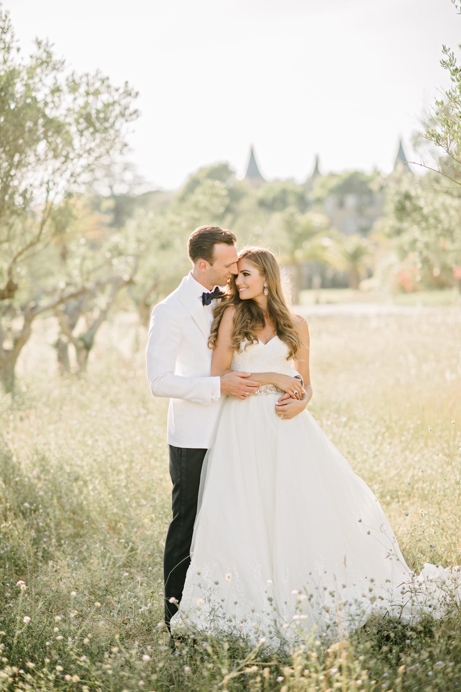 Chateau-Robernier-Wedding-Photographer-0128.jpg