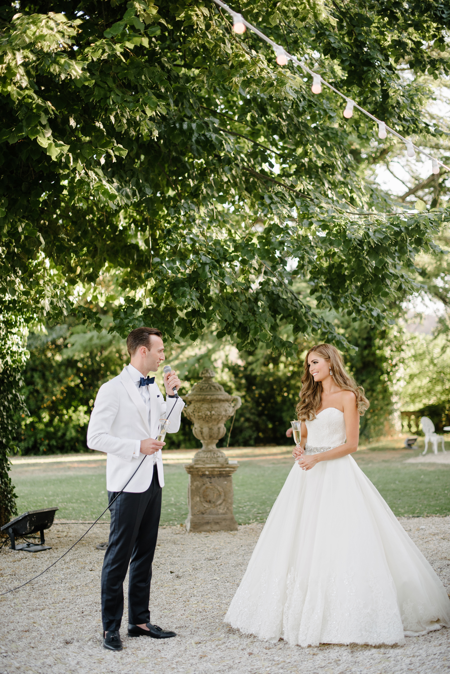 Chateau-Robernier-Wedding-Photographer-0163.jpg