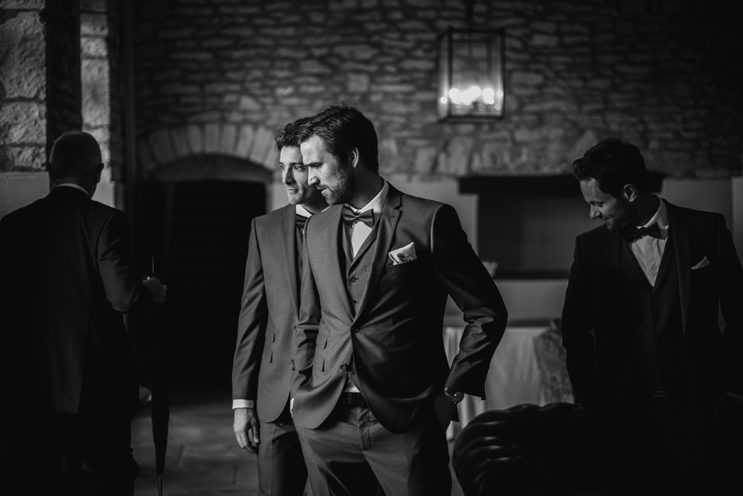Brympton-House-Wedding-Photographer-037.jpg