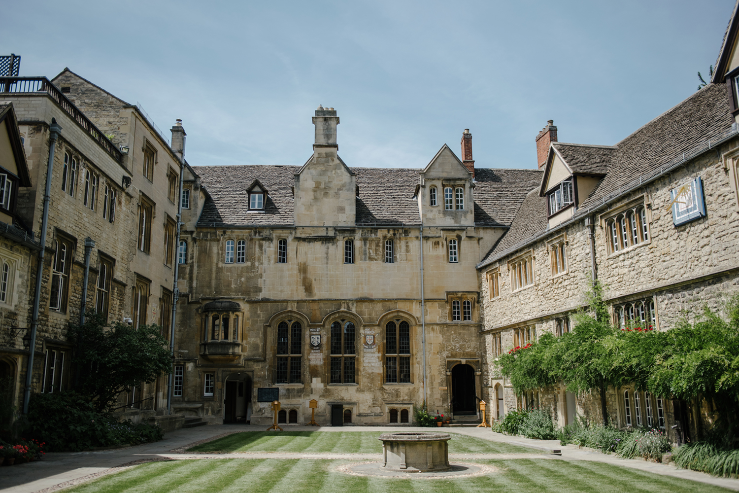 Oxford-University-Wedding-Photographer-0029.jpg