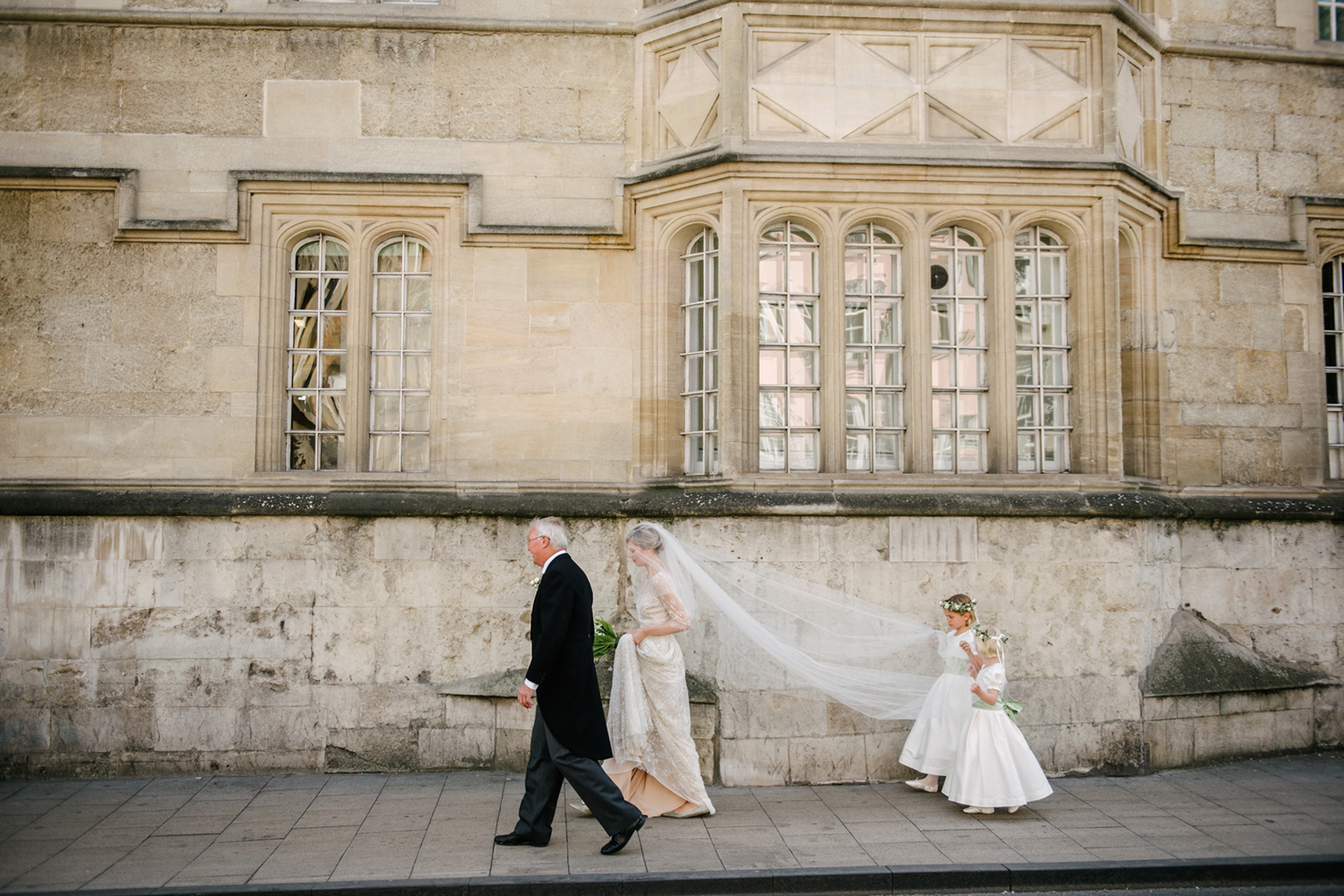 Oxford-University-Wedding-Photographer-0038.jpg