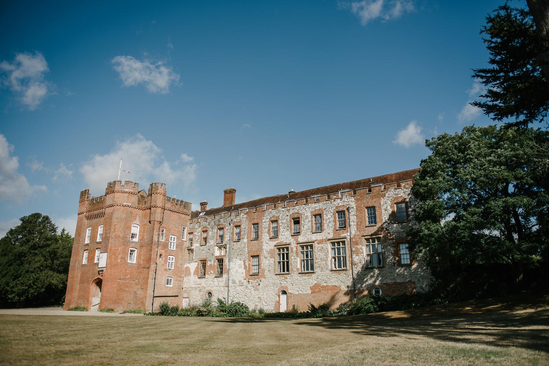 Farnham-Castle-Wedding-Photographer0002.jpg