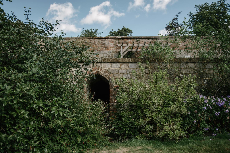 Farnham-Castle-Wedding-Photographer0005.jpg
