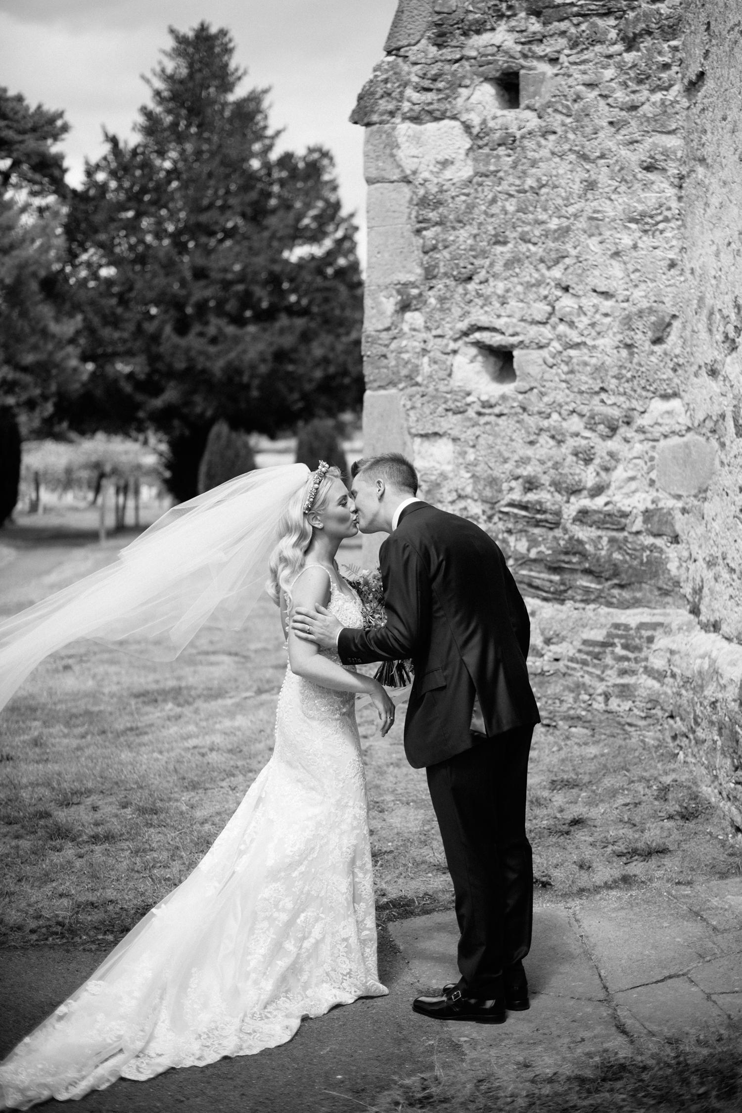 Farnham-Castle-Wedding-Photographer0070.jpg