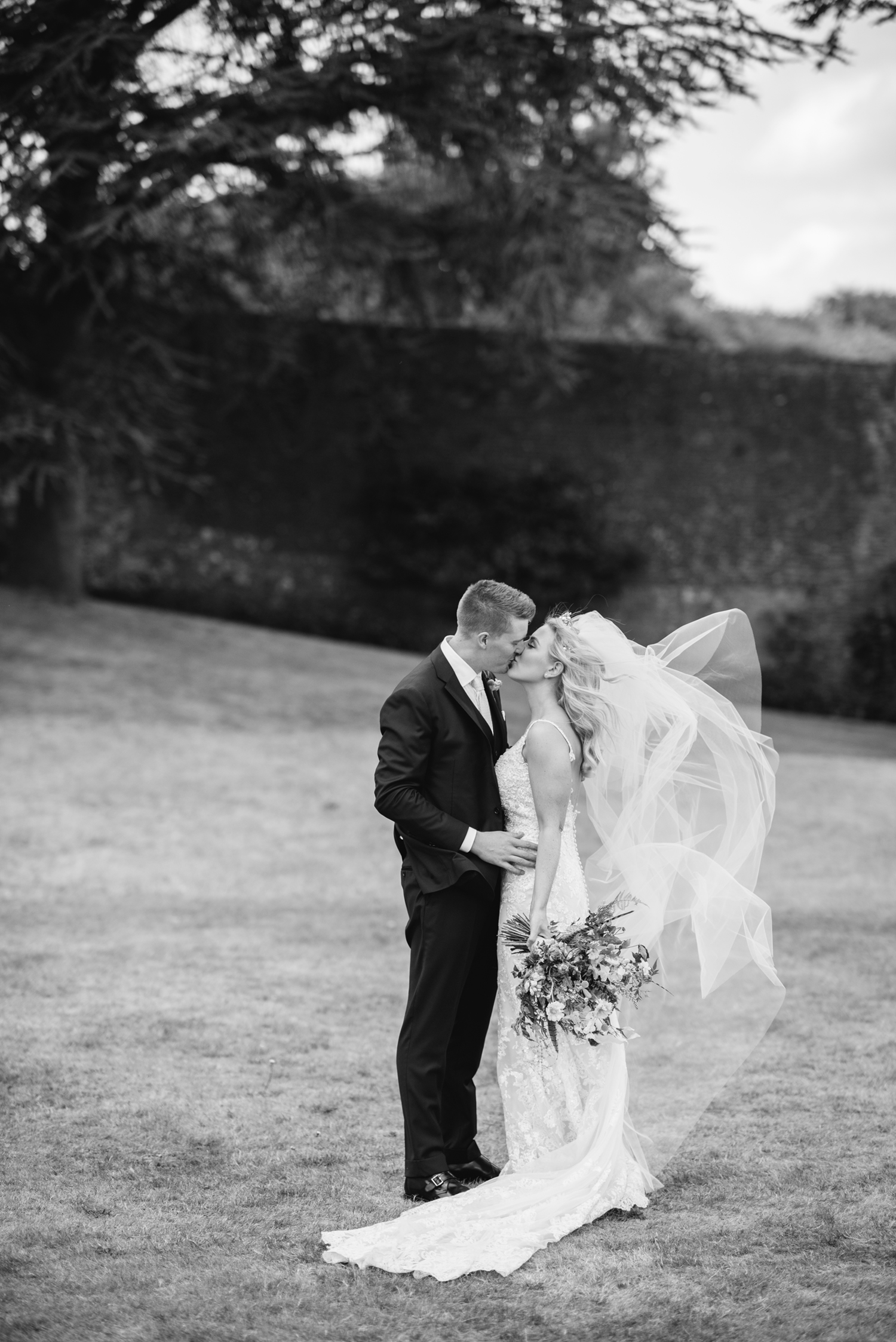 Farnham-Castle-Wedding-Photographer0082.jpg
