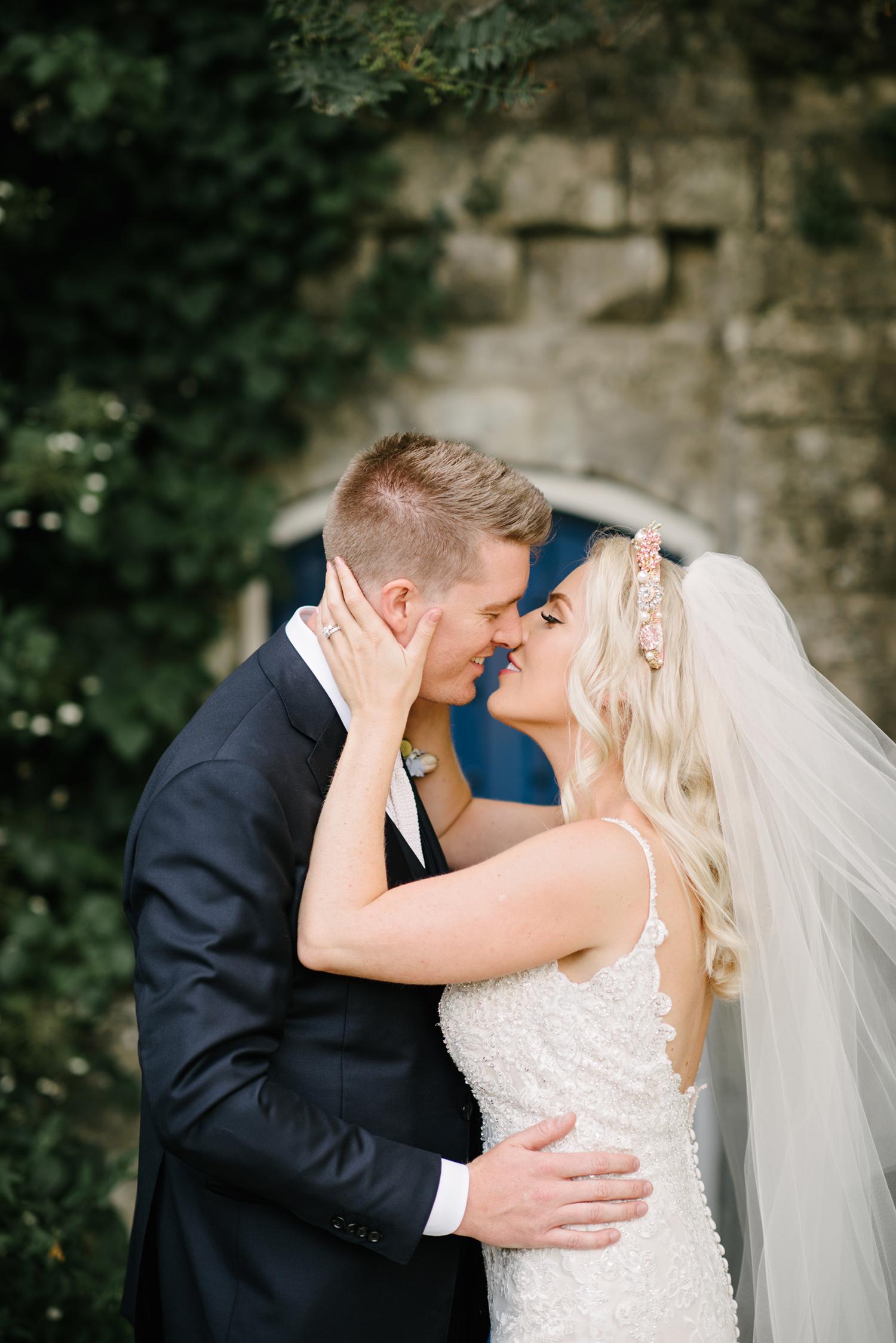 Farnham-Castle-Wedding-Photographer0090.jpg