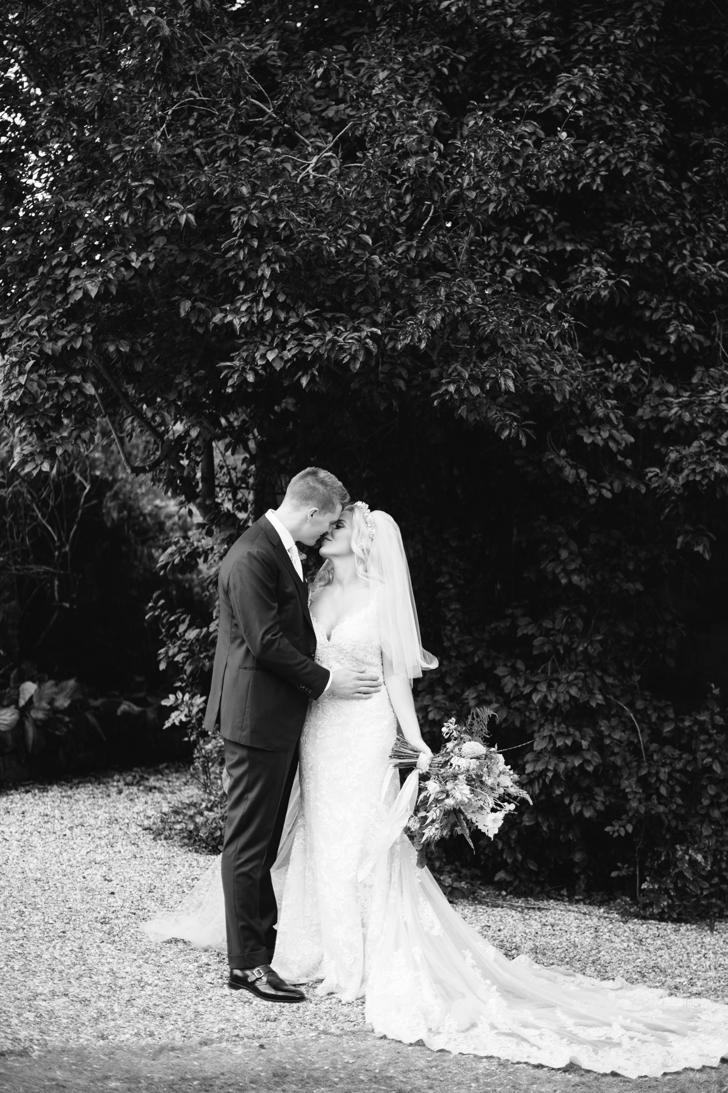 Farnham-Castle-Wedding-Photographer0092.jpg