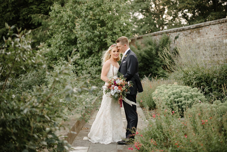 Farnham-Castle-Wedding-Photographer0122.jpg