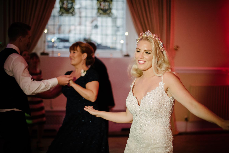 Farnham-Castle-Wedding-Photographer0135.jpg