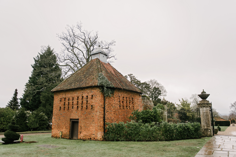 Four-Seasons-Hampshire-Wedding-Photographer-003.jpg