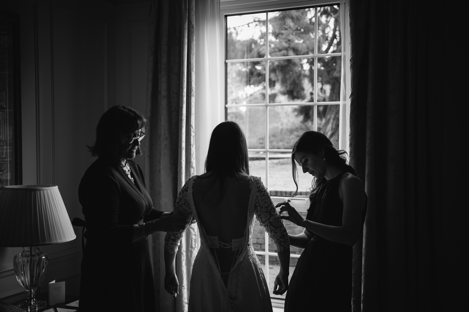 Four-Seasons-Hampshire-Wedding-Photographer-006.jpg