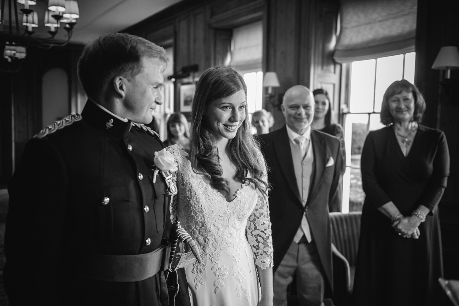 Four-Seasons-Hampshire-Wedding-Photographer-017.jpg