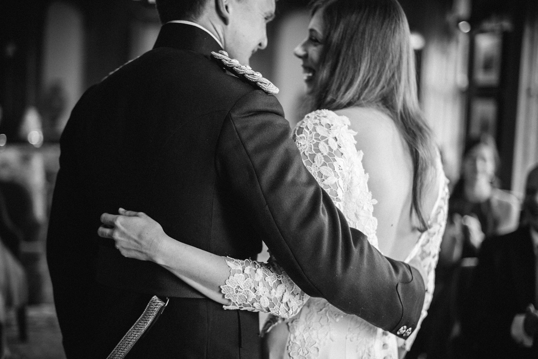 Four-Seasons-Hampshire-Wedding-Photographer-026.jpg