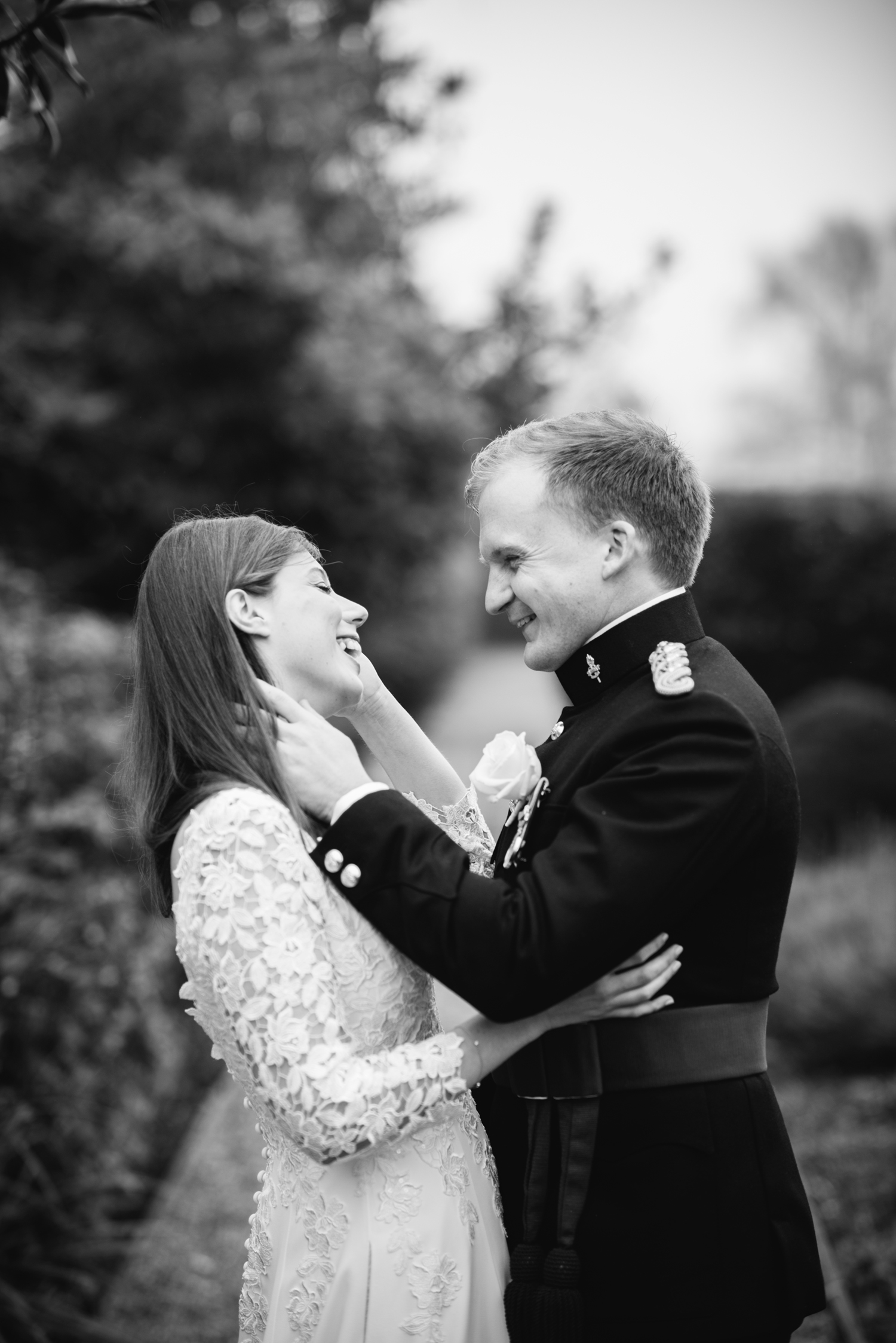 Four-Seasons-Hampshire-Wedding-Photographer-031.jpg